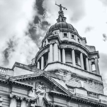 Black and white London law courts